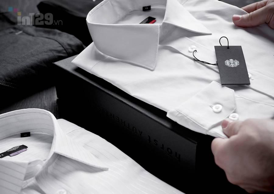 In mác treo sản quần áo