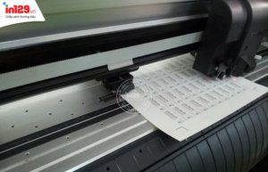 in tem vỡ bằng máy in phun