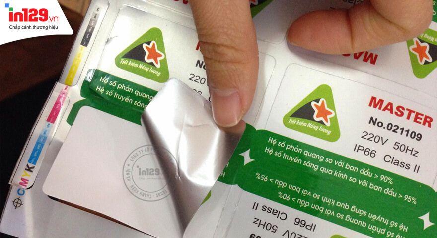 In tem bảo hành sử dụng giấy in loại nào
