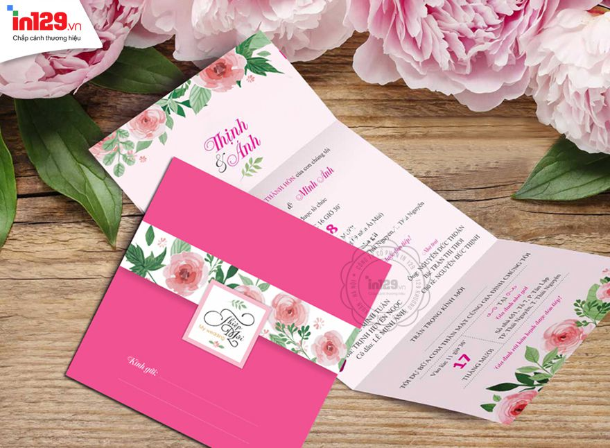 Mẫu thiệp cưới đẹp màu hồng