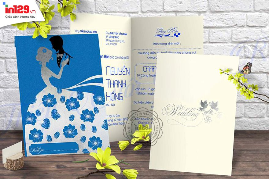 Mẫu thiệp cưới xanh mang phong cách hoàng gia