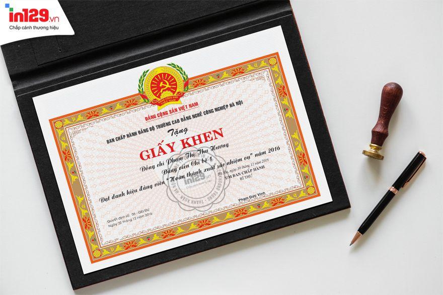 Mẫu giấy khen của Đảng bộ trường Cao đẳng nghề Công nghệ Hà Nội
